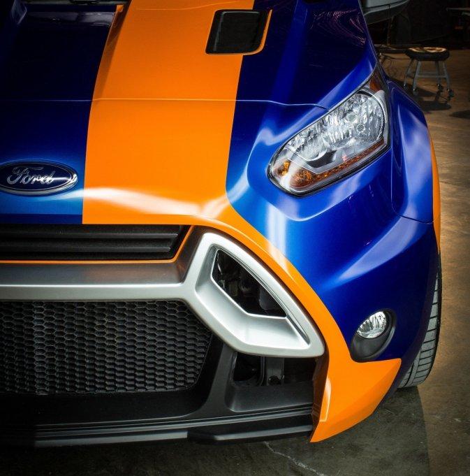 2014-ford-transit-connect-lwb-in-custom-widebody-3-1579x1600