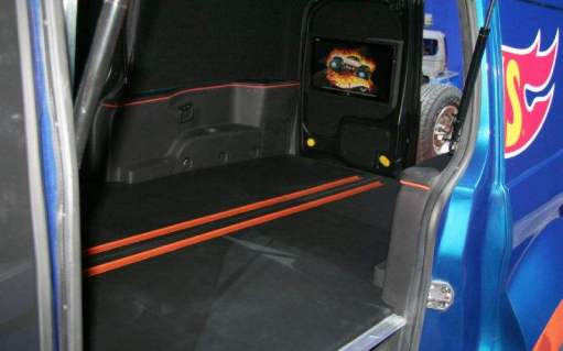 2014-ford-transit-connect-hot-wheels-cargo-area